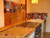 kreative Küche mit 10x10 und 5x5 Fliesen