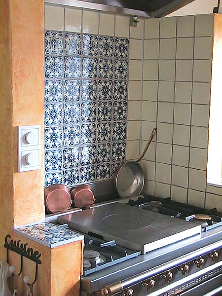 mexican tiles as kitchen-tiles